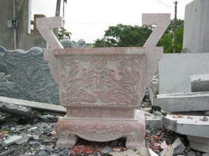 lư hương bằng đá hồng